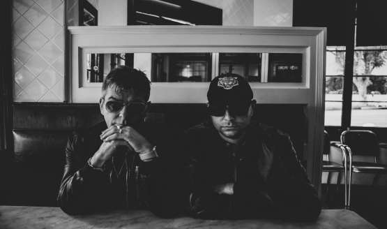 "ANDY ROURKE LAUNCHES NEW BAND ""BLITZ VEGA"" WITH KAV"