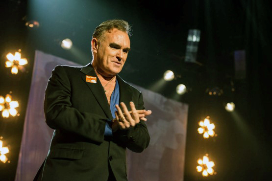 Watch David Bowie join Morrissey on stage for a cover of 'Cosmic Dancer'