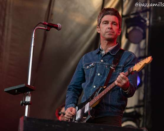 EXCLUSIVE PHOTOS Noel Gallagher - Gaz Coombes Edinburgh Castle