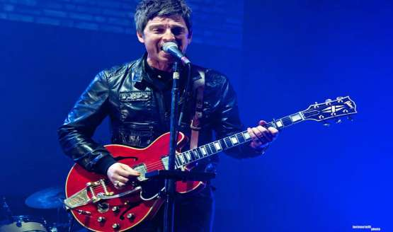 In an interview with BBC Three, Noel Gallagher talked about playing live, getting nervous and loose cannon brother Liam...
