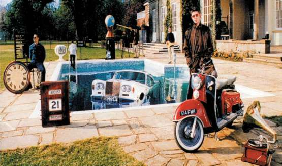 Oasis unveil contents of Be Here Now super deluxe box-set