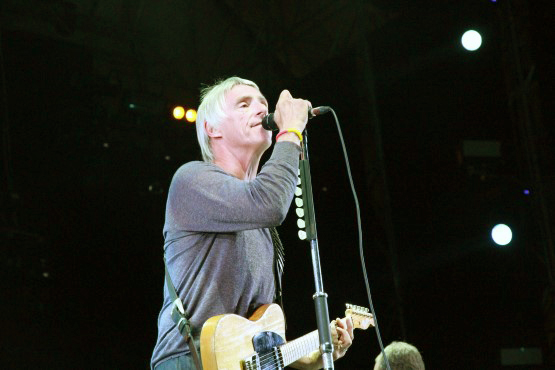 Paul Weller behind 'A Kind Revolution'