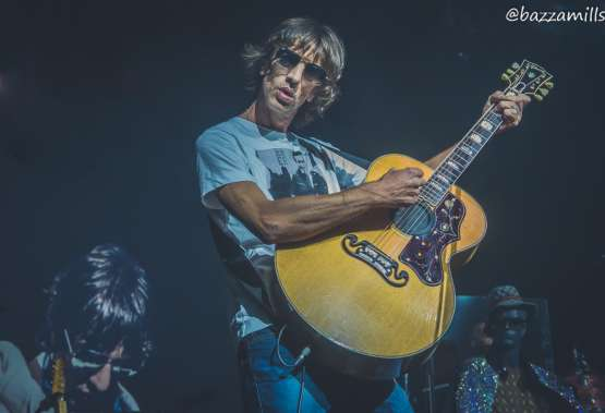 Richard Ashcroft presenta su nuevo video