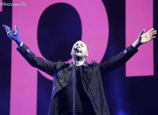 Watch Kasabian live