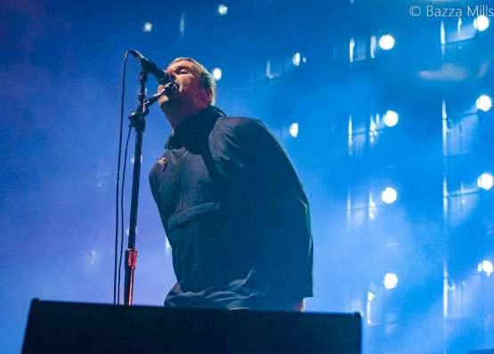 20 Amazing live photos of Liam Gallagher