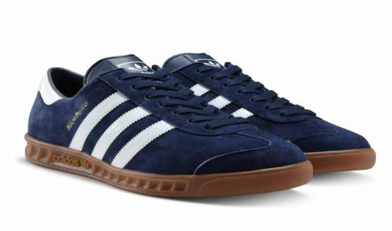 The Hamburg is one of ADIDAS' most sought after and respected silhouettes. With it's simple styling it is a favourite on the streets.
