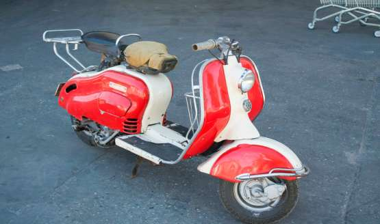 Following the death of founder Torcuatto di Tella, an Italian Argentina immigrant in 1948, the firm secured a licensing agreement with Italian motor scooter maker Lambretta...